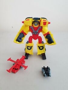 Transformers Armada Hot Shot figure with Minicon Jolt figure Hasbro no missile