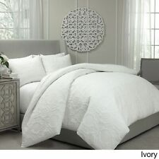 Vue Barcelona Quilted Coverlet and Duvet Ensemble Set  Ivory  Queen  ret-$155