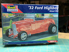 32 Ford Highboy Street Rod Kit New In Sealed Box Revell 1:25 LBR Model Parts