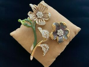 Nolan Miller Glamour Collection Country Flower Brooch Set (Greyish Blue Enamel)