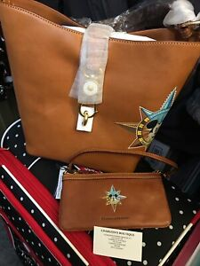 Disney Dooney All Leather WDW Passport Lily Tote With Wristlet NWT