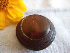 Gros bouton marron volumineux à pied hyper léger: 3,2 cm
