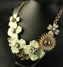 Costume Necklace Short Flower Gold Clover Enamel Beige Original SD4