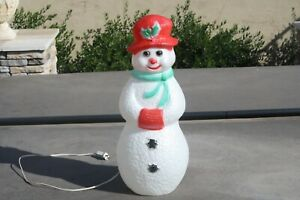 """Vintage Blow Mold 22"""" Female Snowman Dimpled Union Products USA made Yard Decor"""