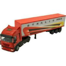 Camions miniatures rouges Iveco