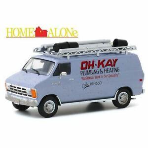 Greenlight 1:43 Dodge Ram Van Die-cast Model - Home Alone Wet Bandits - 86560