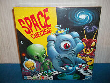SPACE CHECKERS - 6+ - PREPARE YOUR FLEET FOR A COSMIC CHALLENGE - NEW & SEALED