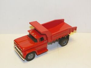 Ertl 1/43 60 Chevy Dump Truck red w/ box