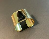 VTG. Gold tone chunky wide cleopatra style cuff bracelet with faux onyx