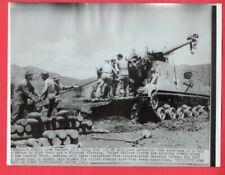 1951 M40 155mm Self Propelled Gun Artillery in Korea 7x9 Original News Photo