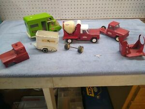 TONKA JEEP TRUCKS CEMENT MIXER AND PARTS ALSO HORSE TRAILER