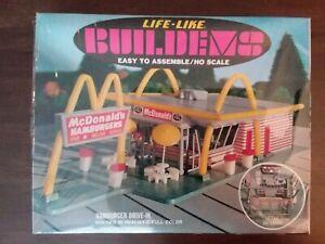 Vintage Life-Like Buildems Mcdonald's Hamburger Drive-In HO Scale Model Kit