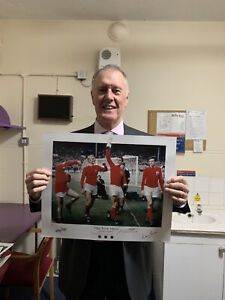 Sir Geoff Hurst Martin Peters & Nobby Stiles Triple Signed 66 England Pic £30
