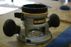 DEWALT DW6184 Fixed Base for Dw616 / 618 Routers
