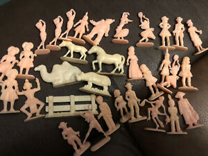 Vintage German Margarine Figures Lot Of 32 - Plastic Prize