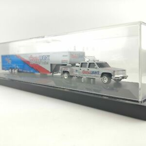 1995 Racing Action Platinum Series - 1:64 Scale Dually With Show Trailer
