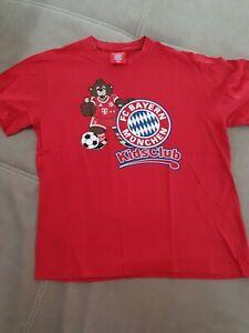 FC Bayern München T-Shirt Kids Club Bernie Druck Fußball Rot Baumwolle Gr. 140