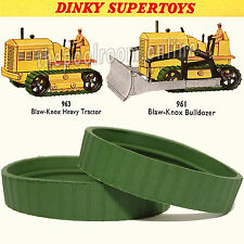 DINKY TOYS BLAW KNOX TRACKS - 1 PAIR - GREEN