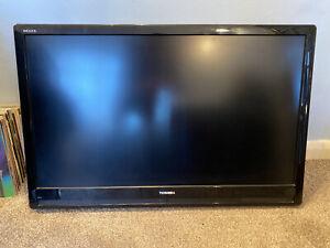 "TOSHIBA 42"" REGZA LCD TV (42XV555D)"