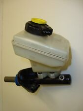 GENUINE FORD KA 1.3 BRAKE MASTER CYLINDER 3 PIPE OUTLET NON ABS