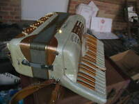 Empress Accordion  Made In Italy Good Condition