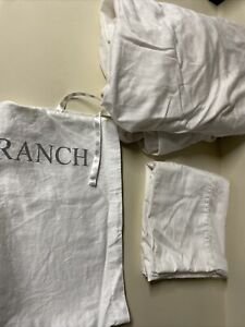 BOLL & BRANCH Classic Hemmed Organic Cotton Pillow Case & Fitted Sheet King Wht