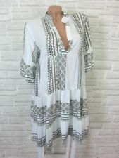 NEU Blogger Hängerchen Kleid Tunika Volant Print 36 38 40 42 Weiß Khaki K175