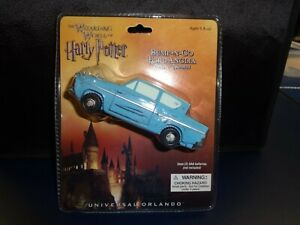 Disney Universal Harry Potter Bump-N-Go Battery Operated Blue Ford Anglia - MIB