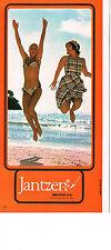 PUBLICITE ADVERTISING 044  1977   JANTZEN  maillot de bain  robe de plage