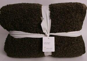 New Pottery Barn Cozy Teddy Faux Fur Throw blanket 60x80, Loden green