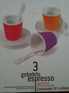 3 Gobelets en porcelaine EXPRESSO / Machines NESPRESSO - les artistes Paris