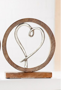 GILDE Herz in Kreis aus Aluminium Mango Holz  H: ca. 26 cm  48683 3