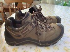 Keen Wanderer Women's Walking/hiking Shoe Brown / Black Size 6.5