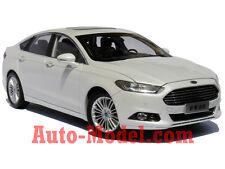 1:18 Changan Ford 2014 Mondeo (Fusion) Titanium White Platinum Dealer Edition