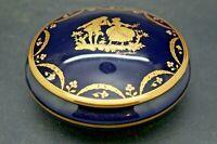 Boite en Porcelaine de Limoges Castel Bleu de four Décor Romantique 1960-70