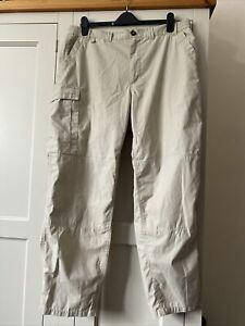 CRAGHOPPERS Mens Walking Trousers Ivory 36-38 Slight Stretch- 30 L Good Cond