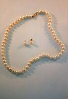 Belle de Mer 14k Gold Cultured Freshwater Pearl Stud Earrings & necklace