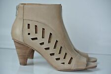 NEW Nine West  Ryner Womens Sz 6 M Tan Leather Cut Out Ankle Boots Heels