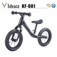 Full Carbon Fiber Kids Bike Push Balance Bicycle 3K Children Balance Bikes OEM
