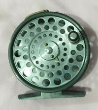 A GOOD VINTAGE HARDY FEATHERWEIGHT TROUT FLY REEL FAVOURED 2 SCREW LINE GUARD