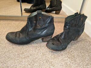 Rocket Dog Ankle Boots Size 7 Black