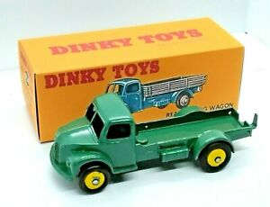 DINKY NO.30m/414, DODGE REAR TIPPING WAGON  WITH REPLACEMENT STORAGE BOX