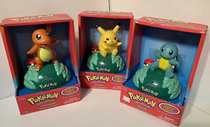 SET 1999 POKEMON TALKING Pikachu SQUIRTLE Charmander ROOM GREETER TRENDMASTERS