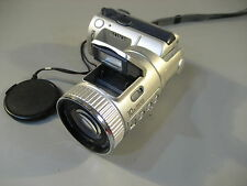 Sony DSC-F505V Digital Camera mit Carl Zeiss Optik . geht nicht an. (950)