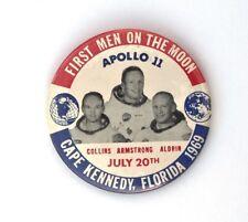 1969 APOLLO 11 First Men On The Moon pin back button badge