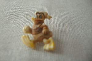 Vintage Donald Duck Shirt Button Hand Painted 1/2 Inch Size-Cute!