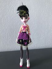 Monster High Draculaura Art Class