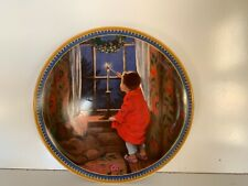 """Vintage Edward M. Knowles 8 Inch Collectors Plate """"Christmas�."""