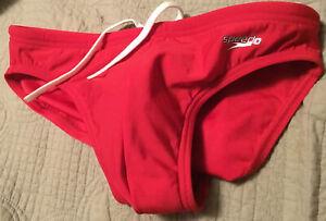 SPEEDO MENS red size 32 speedo brief swimsuit bikini swimwear