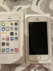 Apple iPhone 5s - 64GB - Silver (Unlocked) A1457 (GSM)